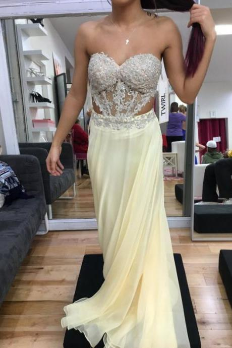 Light Yellow Prom Dress,Sweetheart Prom Dresses,Long Evening DressFloor Length Chiffon A-Line Prom Dress Featuring Floral Lace and Ruched Plunge V Bodice